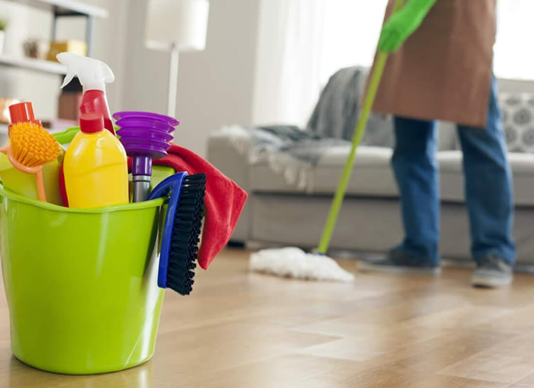 Few Remarkable Benefits Of Contacting Professional End Of Lease Cleaner